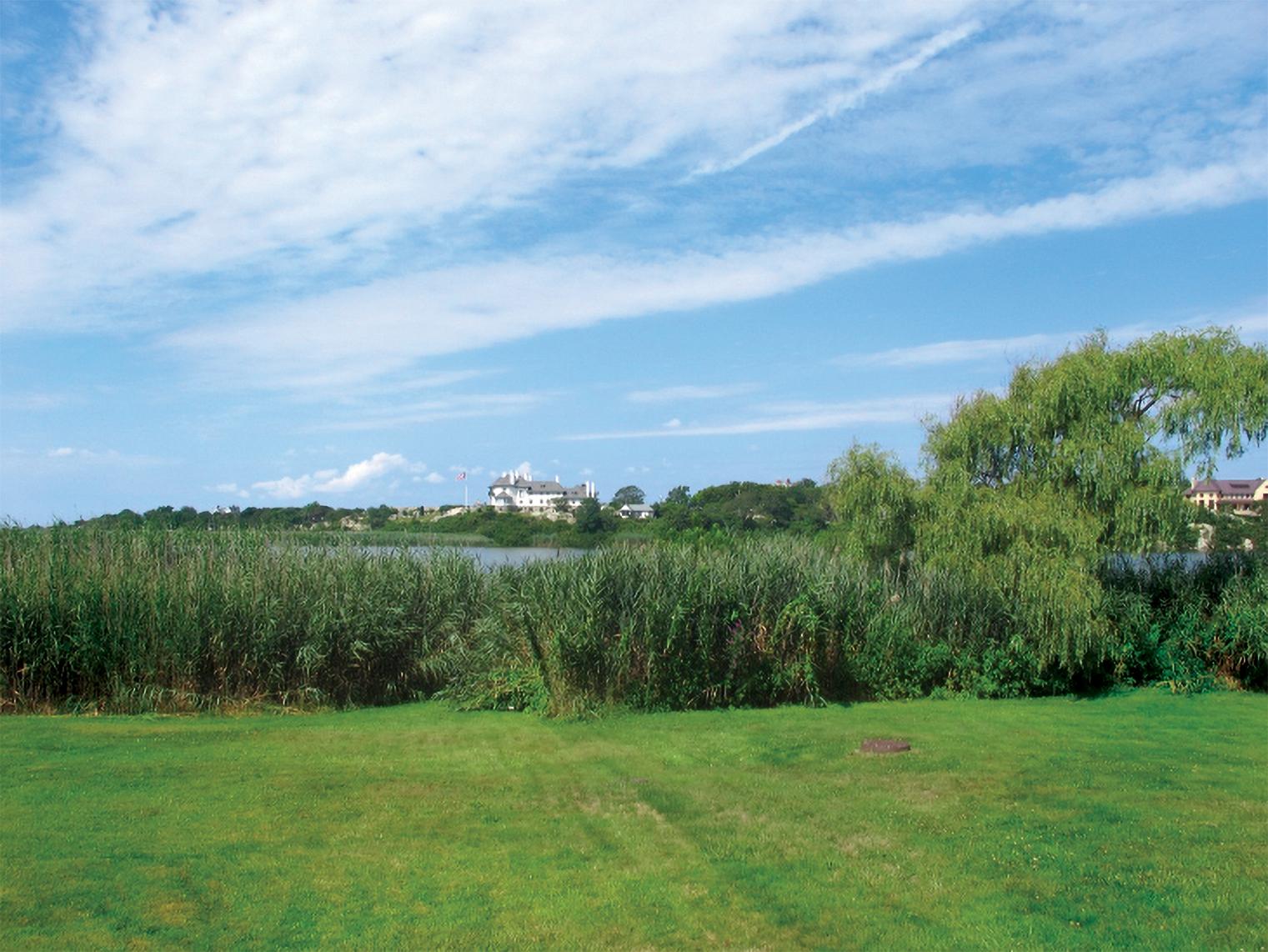 Almy Pond